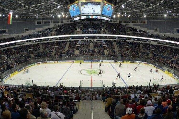 Білорусь позбавили права проведення ЧС-2021 з хокею: реакція Мінська