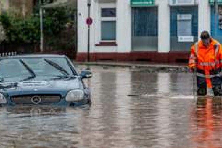 Втоплені автомобілі з ЄС можуть потрапити на український ринок: як їх розпізнати