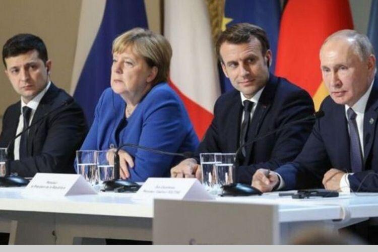 Зеленський проти Путіна:  хто кого «взув» у Парижі?