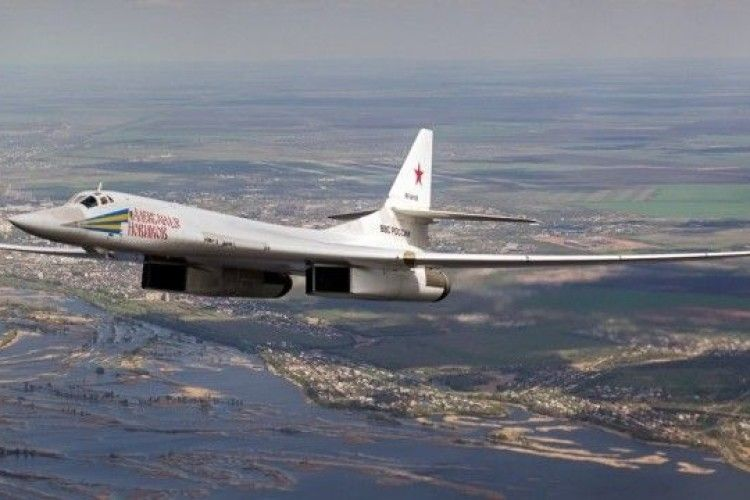 Вчора 2 російські стратегічні бомбардувальники наробили «шуму»