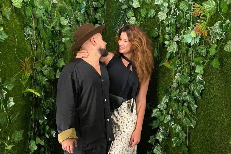 «Тільки кохання»: відомий артист з Луцька поділився романтичним знімком