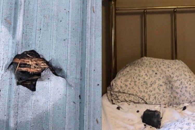 Жінка прокинулася від сильного шуму: на її подушку впав... метеорит (Фото)