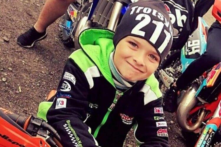 6-річний рівненчанин взяв участь у змаганнях з мотокросу