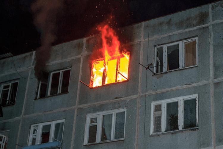 У Луцьку вночі горіла квартира у Привокзальному районі