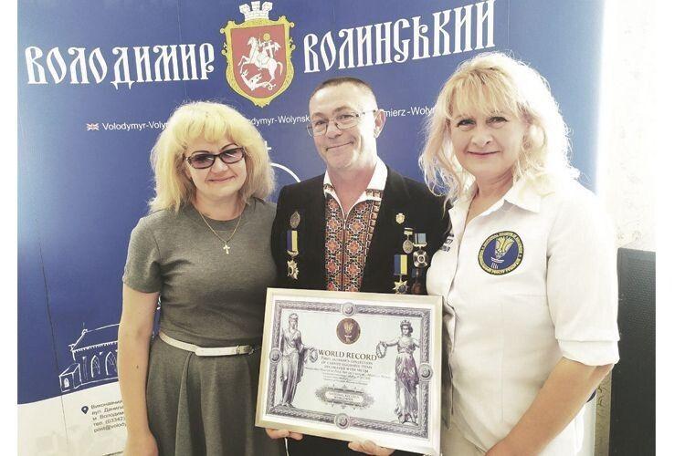 Волинський Фаберже Анатолій Бойко встановив світовий рекорд (Фото, відео)