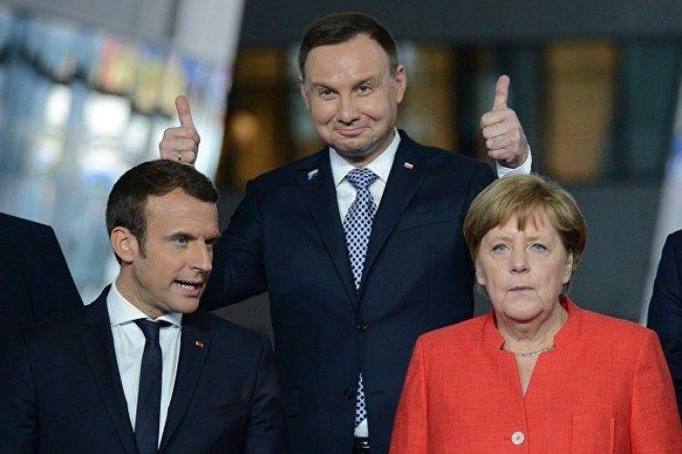 Де проводять Різдвяні канікули європейські лідери