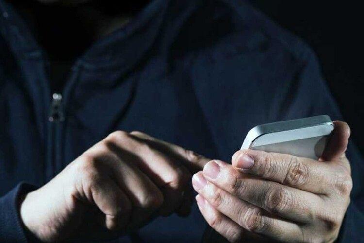 На Волині шахраї пропонують «вирішити питання» про лояльність під час перевірки фірми
