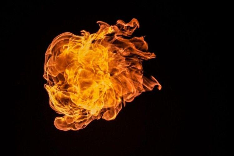 Чоловік підпалив свою дружину через її бажання розлучитися