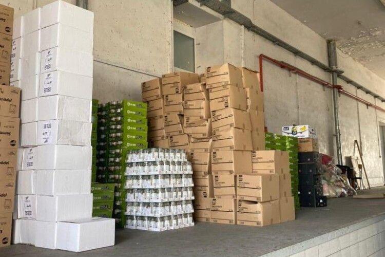 У «Ягодині» серед гуманітарки виявили «лівий» товар на понад 2,5 мільйони гривень (Фото)