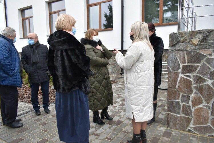 Заступниця глави МОЗ побувала на Волині і похвалила обласну лікарню (Фото)