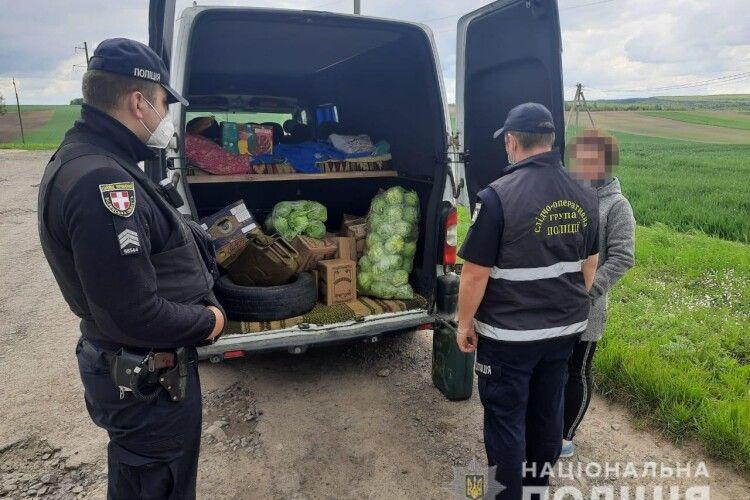 На Горохівщині затримали бус з безакцизним алкоголем (Фото)
