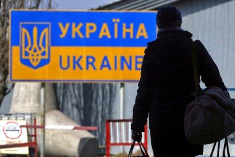 У Польщі фіксують значне збільшення українців, що приїхали працювати з фальшивими документами