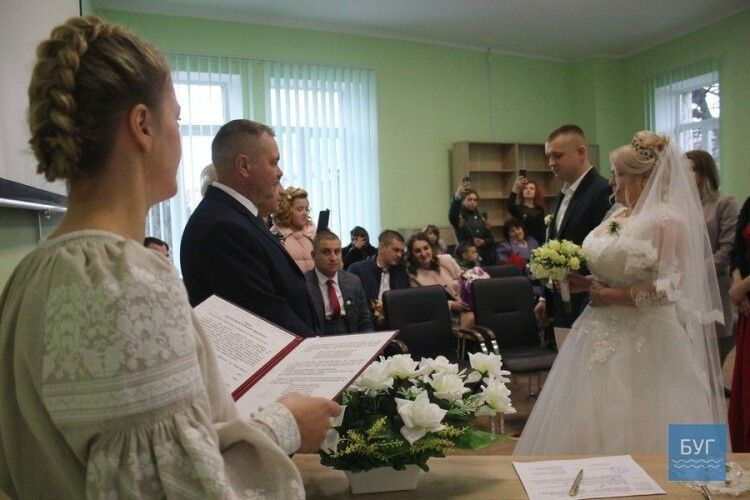 Одружитися вночі у День закоханих зможуть пари в Ковелі, Нововолинську та Володимирі