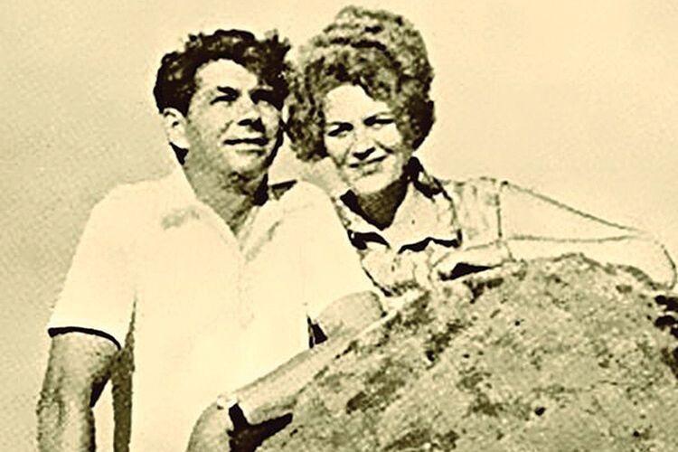 «Грішниця я. Полюбила чужого». Які чоловіки були поряд із Ліною Костенко?