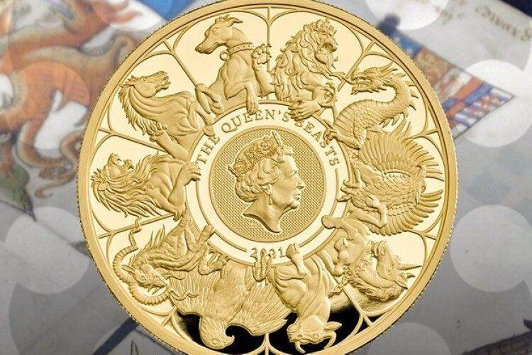 Королівський монетний двір Великої Британії випустив найбільшу монету в історії – важить понад 10 кіло