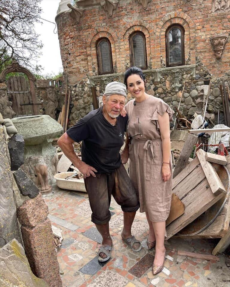Завітала на гостину до Миколи Голованя.