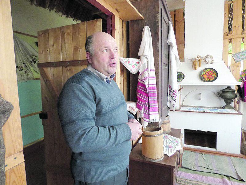Юрій Максимчук: «І дорослі, й діти створювали «Бабусину світлицю».