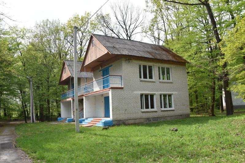 Заміна даху одного парного будиночка коштувала 400 тис. грн.
