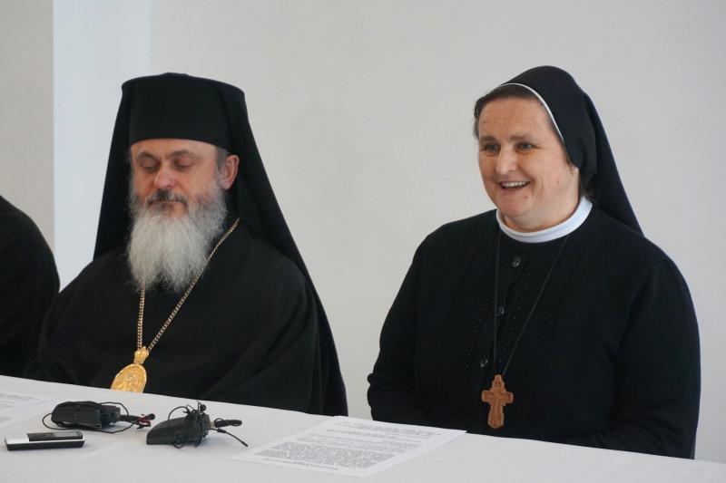 Сестра Наталія Мельник розповіла, що в УГКЦ є понад 1200 монахів та монахинь різних чинів і згромаджень.