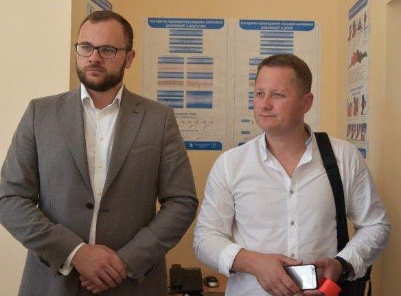 Депутати міськради Ігор Поліщук та Андрій Козюра  доклали чимало зусиль до відкриття пункту.