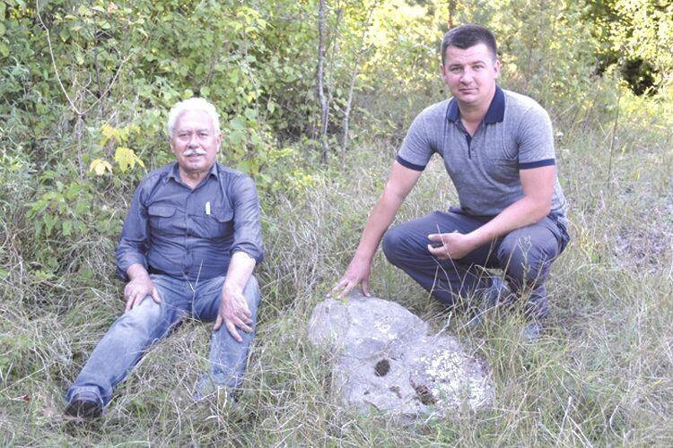 Олександр Остапюк (ліворуч) таЮрій Фініковський невтрачають надії розгадати таємниці древнього міста.