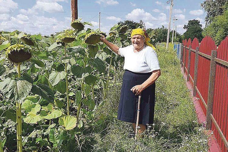 Ніна Луцюк народилася в Чесному Хресті – у селі з такою благодатною назвою й віку доживатиме.