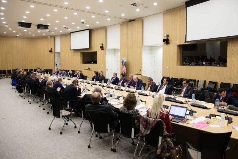 Петро Порошенко закликав НАТО прийняти політичне рішення про надання Україні Плану дій щодо членства.
