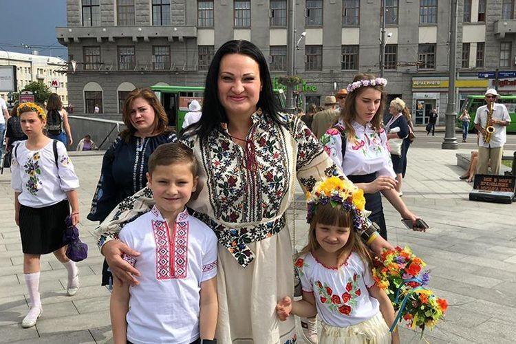 «Пишаюся своїми дітьми… І знаю, що вони ростимуть у вільній Україні», – говорила Яна.