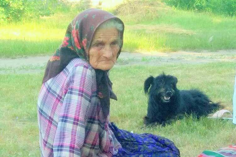 Найстаріша жителька села Єфросинія Пивоварчук.
