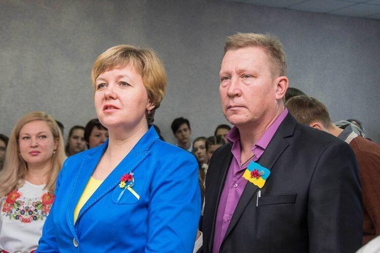 «Наша дитина віддала життя за Україну.  Але виходить, що Україна не дуже хоче покарати злочинців і вбивць», – говорять Віктор та Сталіна Чубенки.
