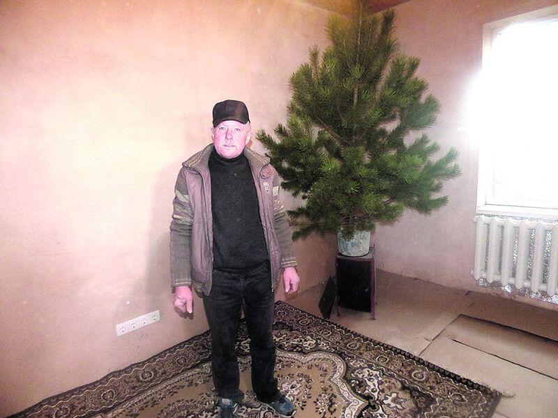 Федір Бречко – представник однієї з двох сімей, які зустріли Новий рік удома.