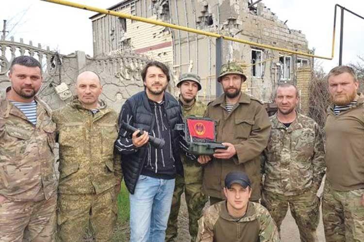 Заволонтерську діяльність Сергія нагородили орденом «Народний герой України». Він досі вважає,що ценайгірша нагорода, яку бажавби мати, бовона народжена війною ібідою.