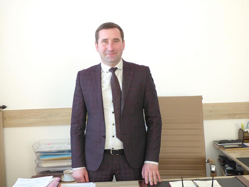 В'ячеслав Католик: «Йдемо вногу зчасом: пишемо проєкти, шукаємо підтримку вобласного керівництва й завдяки цьому розвиваємо інфраструктуру».