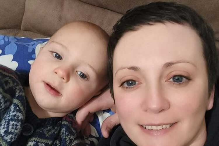 Подарувала життя синочку Дані - й удруге стала пацієнткою онкохірургів.