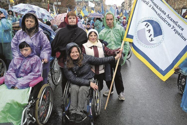 «Знайомство з людьми із організації інвалідів просто перевернуло мій внутрішній світ», –  із вдячністю каже Майя Петрівна.