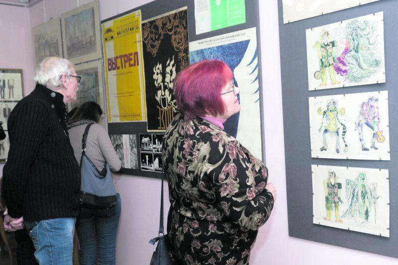 Працівники музею та гості виставки були подивовані  цінністю зібраних експонатів.