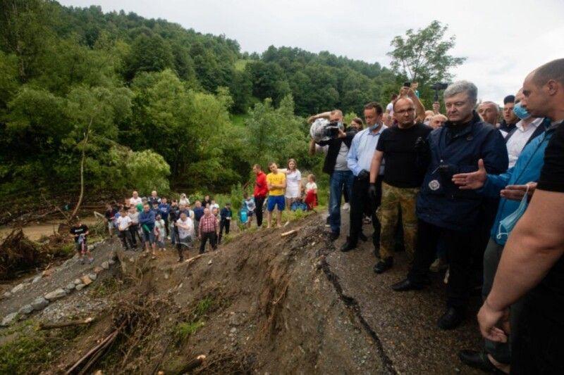 Порошенко побував у зоні лиха 28 червня.