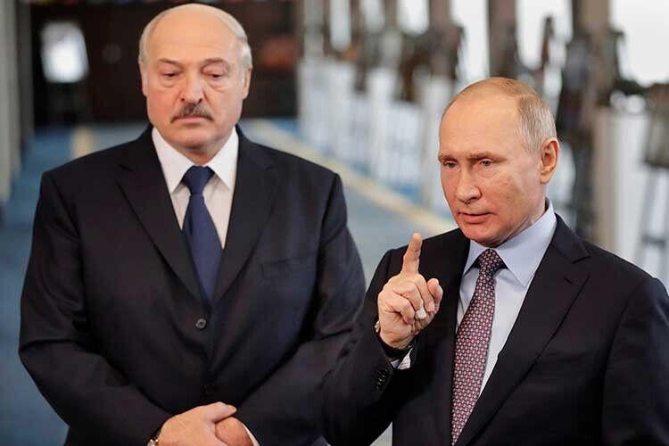 Білоруський народ опинився у заручниках у двох диктаторів, від яких відвернувся цивілізований світ.