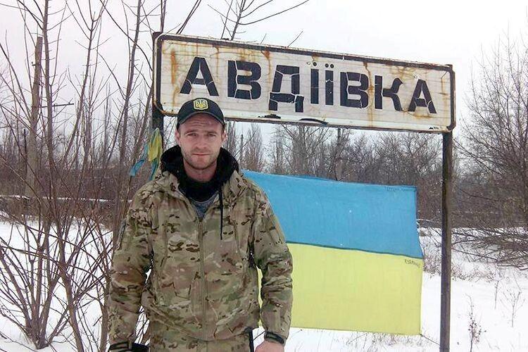 Чотири роки тому Андрій Римарук (Сергій) пішов на фронт розвідником.  Після демобілізації відвозив на передову необхідну техніку,  а також контролював, як її використовують.