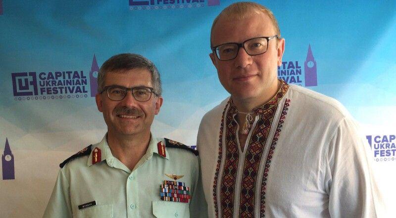 Командувач армії Канади Пол Винник і надзвичайний і повноважний посол України в цій країні Андрій Шевченко (праворуч) – хороші приятелі.