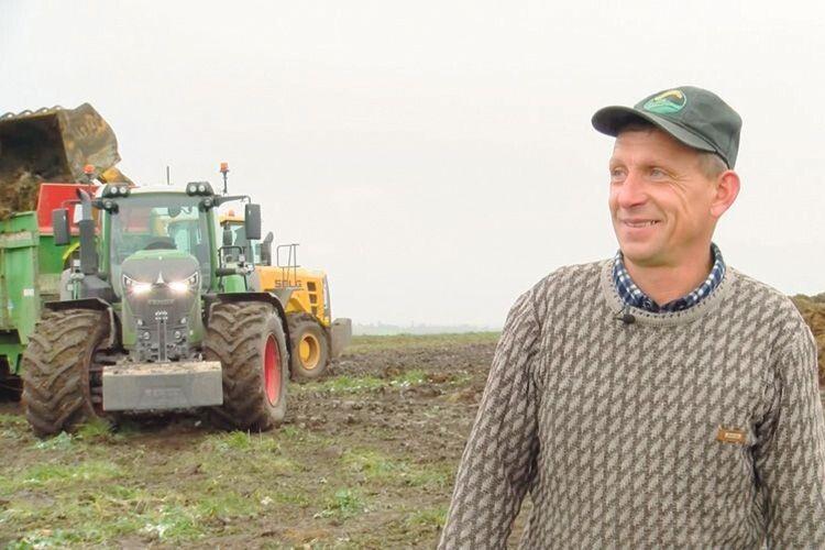 Механізатору Миколі Пушкаруку трактор миліший,  ніж модний квадроцикл.