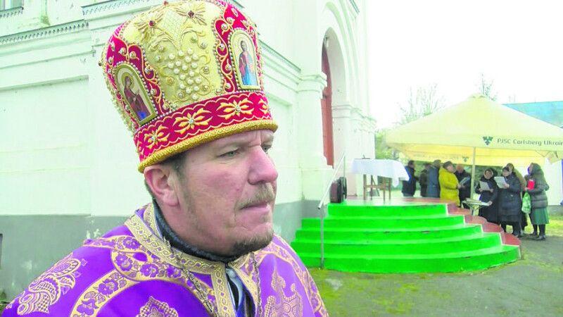 Благочинний Володимир-Волинського району ПЦУ отець Василь не вірить у патріотичність духовенства з іншої конфесії.