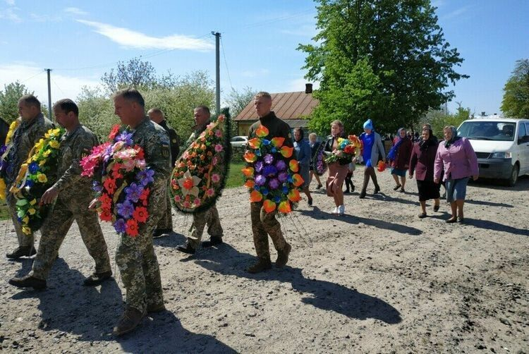 Військовослужбовець 14-ої окремої механізованої бригади старший сержант Іван Глива раптово відійшов у вічність.