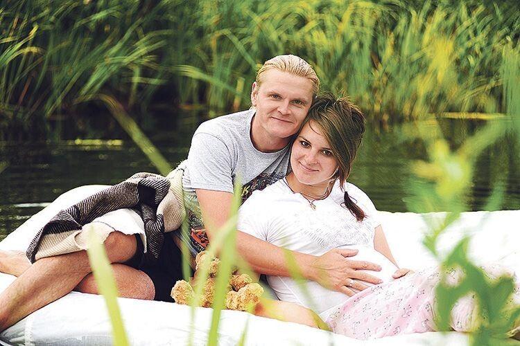 В очікуванні донечки, яка ще до свого народження дивилася на поліські пейзажі очима мами і тата.