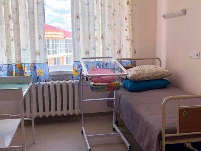Палати максимально комфортні для маленьких пацієнтів та їхніх родин.