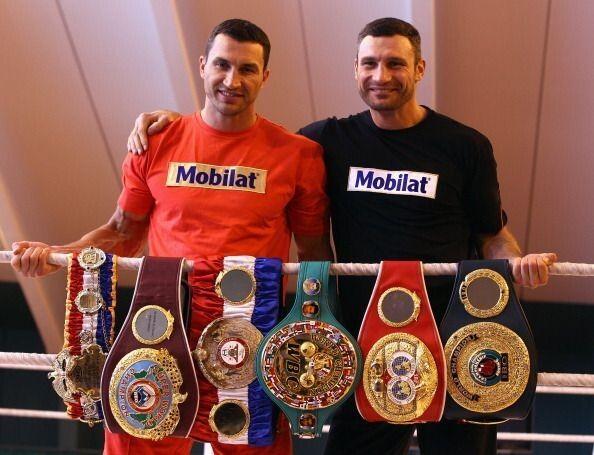 Довгий час Віталій і Володимир утримували титули найсильніших боксерів на планеті.