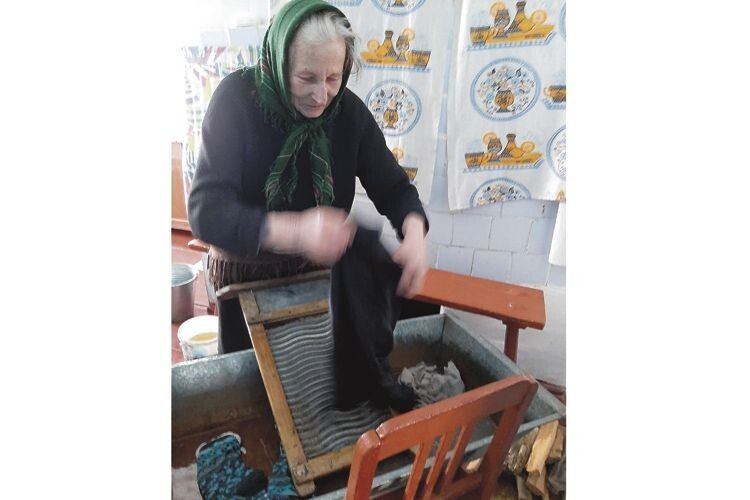 Марія Труш якраз увімкнула «пральну машинку».