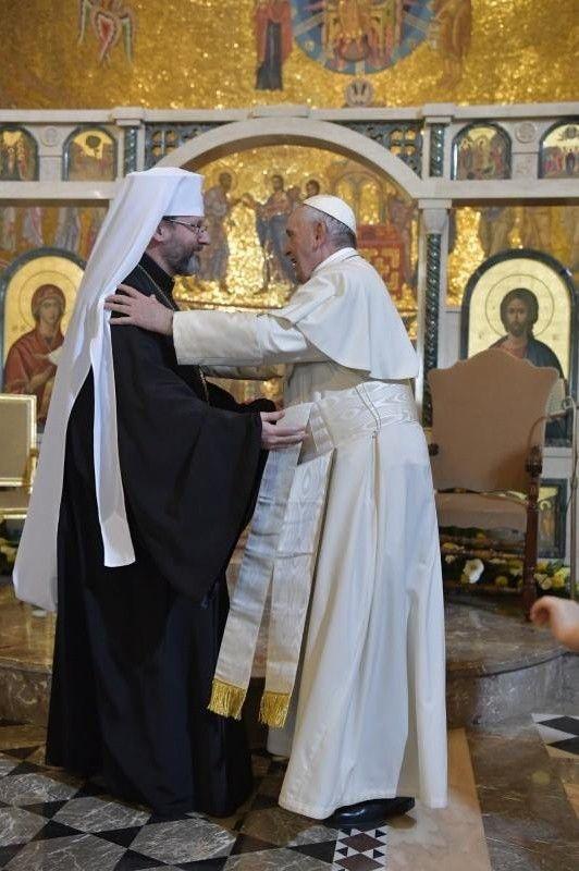 Папа Римський зазначив, що він щодня молиться біля української ікони, подарованої йому в Аргентині блаженнішим Святославом.