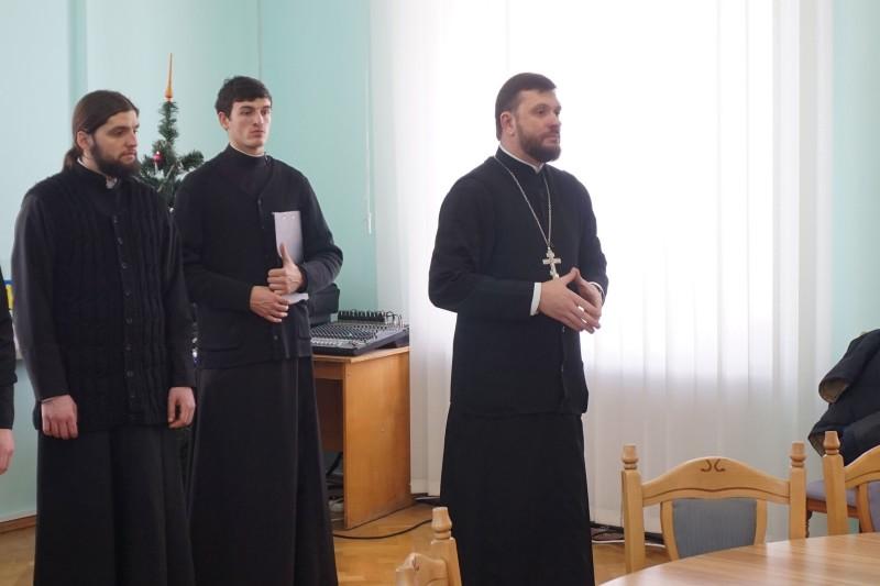 Отець Валентин Марчук дякує за цікаві публікації і спільні проекти.