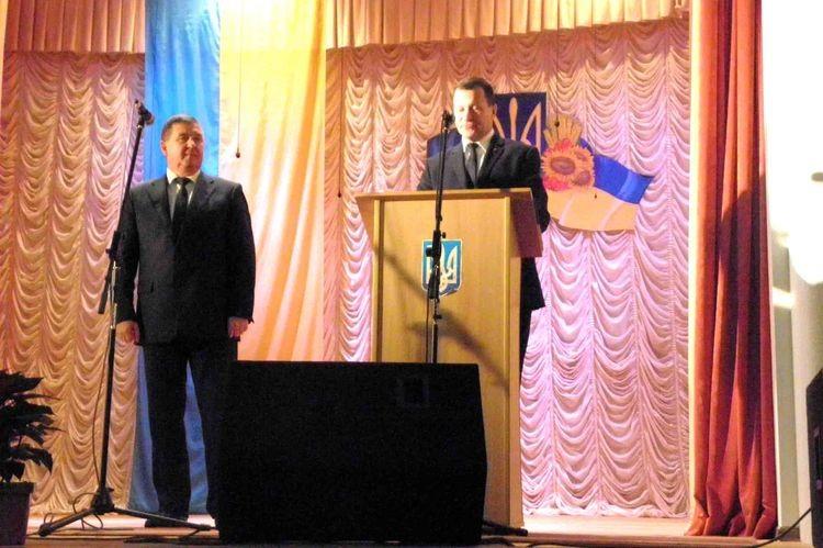 Голова Камінь-Каширської РДА Валерій Дунайчук і голова Камінь-Каширської райради  Віктор Сус (ліворуч)